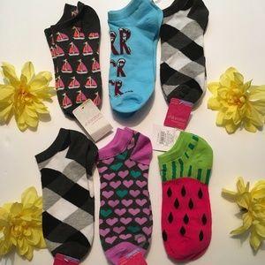 Xhilaration Sock Set of 6